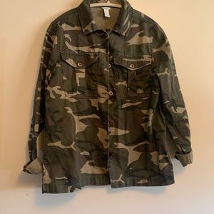 Army print light jacket Forever21